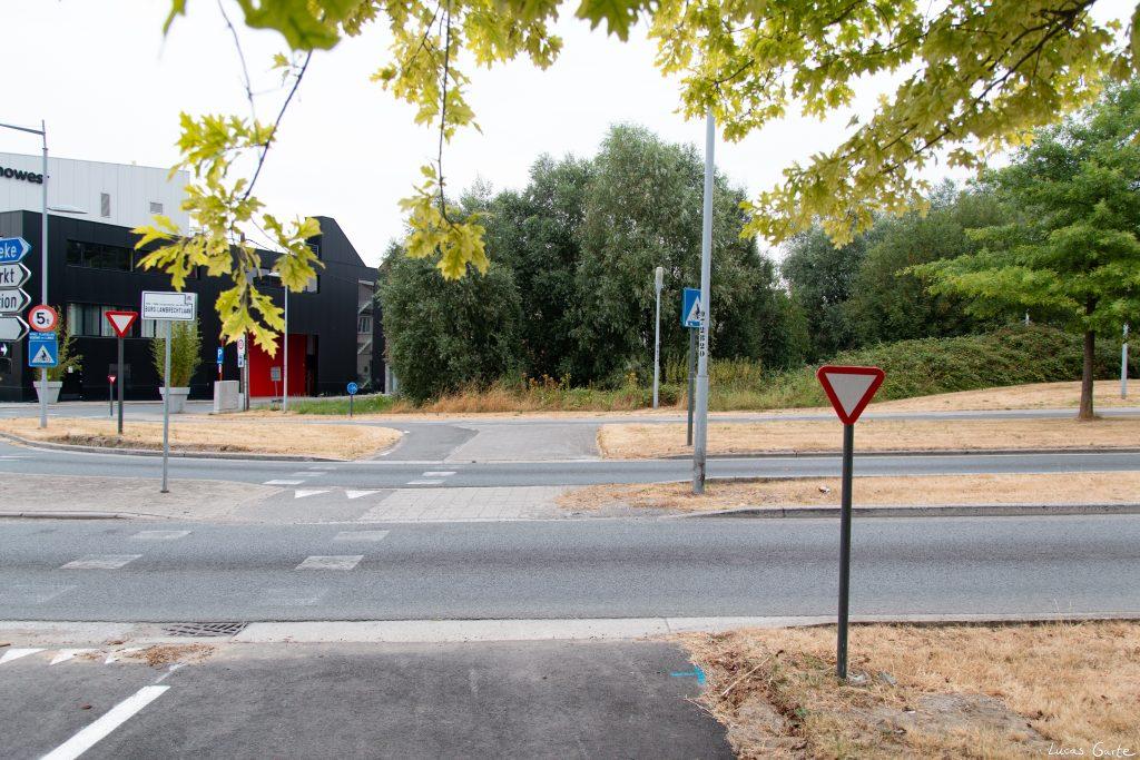 Fußgängerstraßenschild